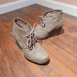 Dr.scholl's Bethany wedge lace up booties